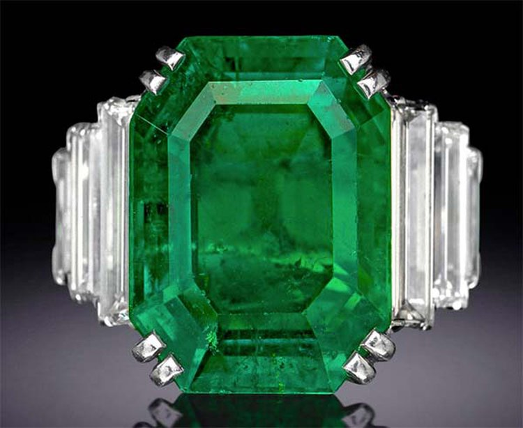Birthstone Feature: 'Maximilian Emerald' Boasts a Rich History That Spans 150+ Years